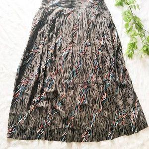 Vintage Pleated Patterned Midi Skirt Size M